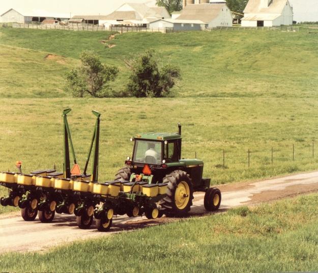 New 7000 Series John Deere Corn Planter From Speccast
