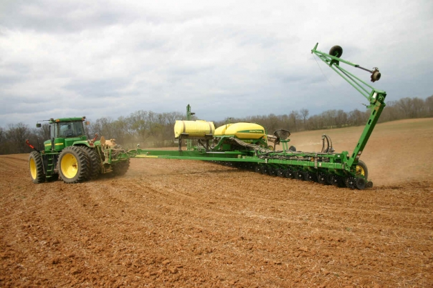 Toy Tractor Times Tv John Deere Ccs Corn Planters In Action