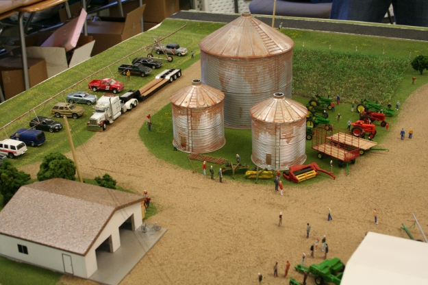 Down On The Model Farm With Daryl Stangler