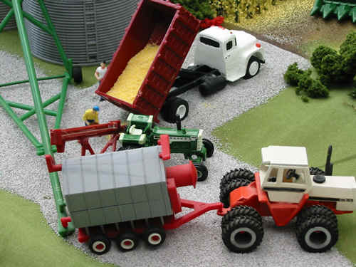 ... on my display to reflect a 1970u0027s corn harvest on my display but the John Deere 95 and IH 815 combine by Ertl would fit a farm using a batch dryer well. & octdown